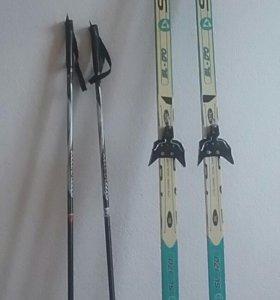 Лыжи и палки комплект