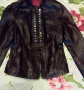 Новая коричневая куртка