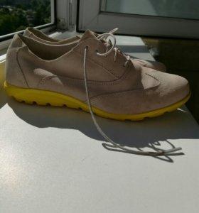 Фирменные ботиночки rockport