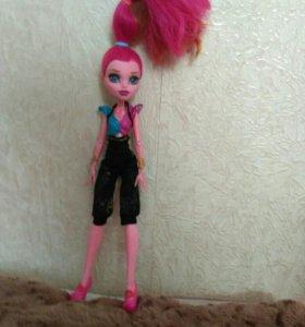 Кукла монстер хай ( Джиджи Гранд)