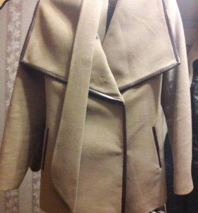 Продам новое пальто. Срочно