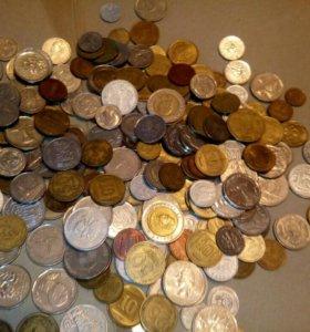 Монеты стран мира 250шт