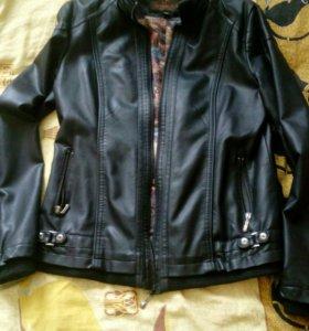 Кожаная куртка(ветровка)