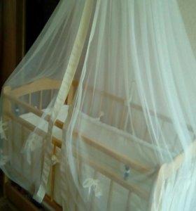 Продаю полностью готовый комплект детской кровати