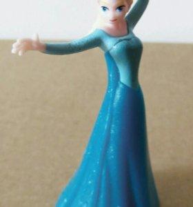 Фигурка Эльзы из мультфильма Холодное сердце