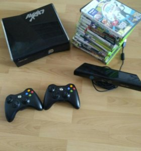 Xbox 360+2 геймпада+kinect для xbox 360