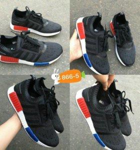 Продам НОВЫЕ кроссовки!!