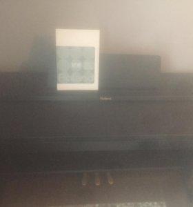 Пианино электронное Roland 301 rw