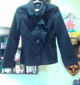 Продам пальто-пиджак Кира Пластинина
