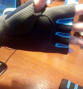 Перчатки без пальц спорт.