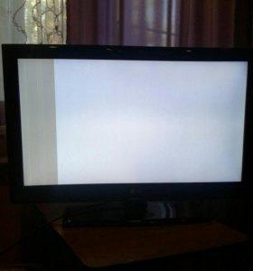 Продам телевизор Lg 81 д .