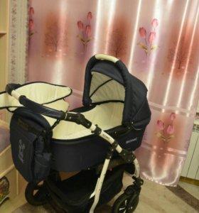 Детская коляска 3 в1