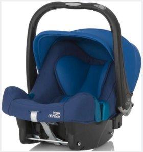 Автолюлька Britax Römer Baby Safe Plus SHR II