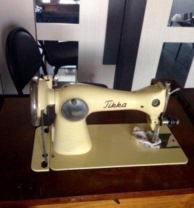Антикварная швейная машинка Тикка(Tikka)