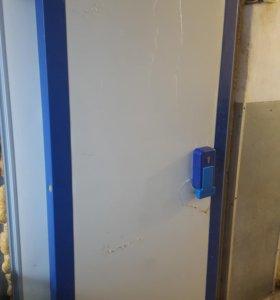 Двери для холодидьных камер