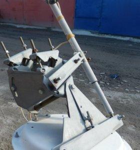 Поворотный механизм для полярной антенны