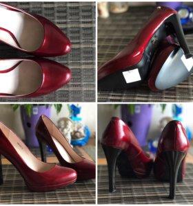 Новые туфли бордовые, натуральная кожа, р.40
