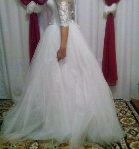 Платье свадебное 42размер новое