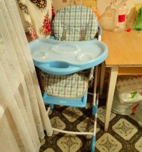 Детское кресло - трансформер для кормления