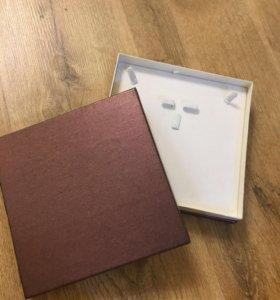 Подарочная коробка для украшений