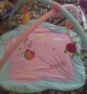 продам переноску и детский коврик за всё 700 руб