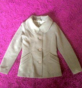 Пальто и куртка деми