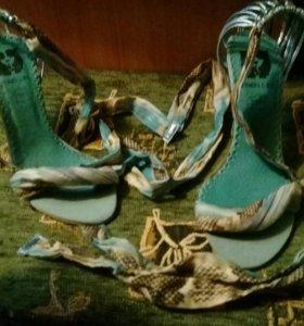 Туфли сшнуровкой