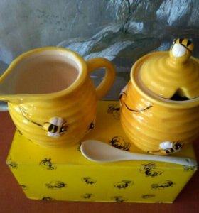 Емкость д/мёда с ложкой и молочником