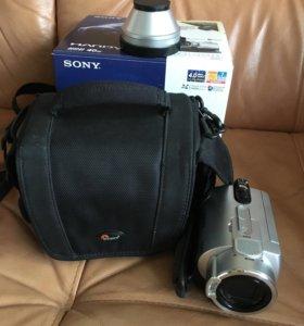 Видеокамера SONY DCR-SR200E