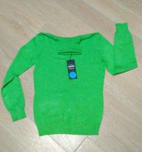Новый свитер водолазка