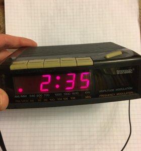 Будильник приемник часы Transtec