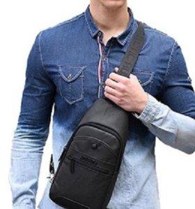 повседневная сумка для практичных мужчин