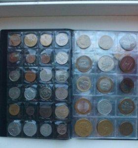 Коллекция монет с альбомом 120 шт