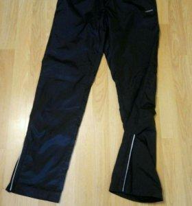 Продам спортивные штаны на подростка