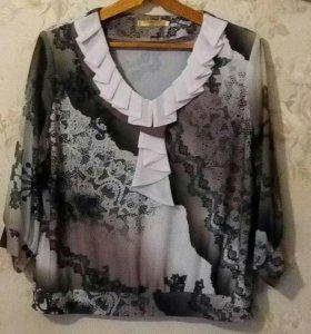 Продаются женские блузки. Цена указана да шутку.
