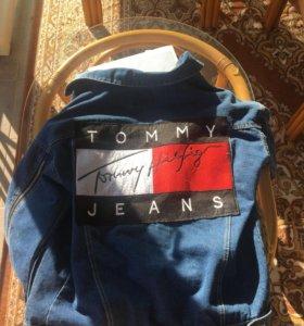 "Джинсовая куртка ""TOMMY JEANS"" (M)"