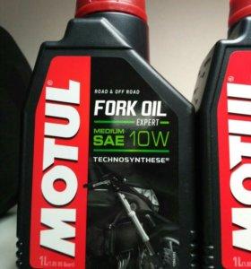 Масло вилочное для мототехники Motul 10W Fork Oil