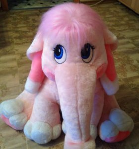 Мягкий розовый слоник
