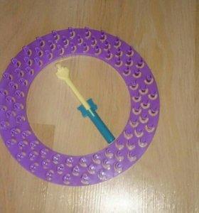 прибор для плетение брастеликов