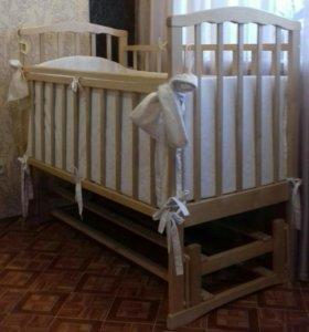 Кроватка детская для новорожденного