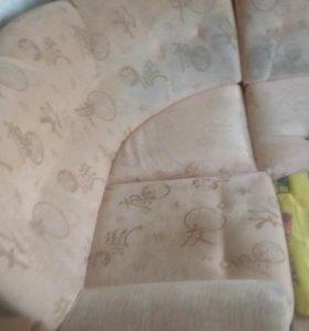 Угловой диван продается
