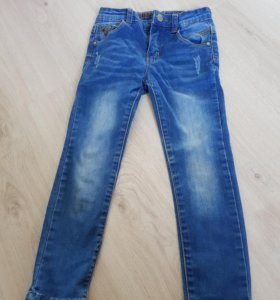 джинсы на 110см.