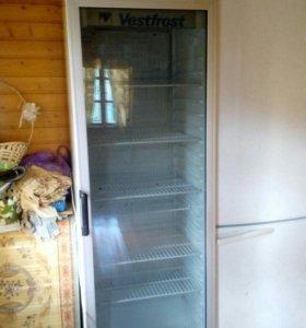 Холодильный шкаф-витрина