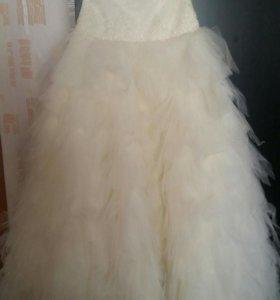 Платье свадебное, бальное