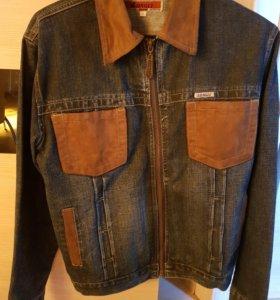 джинсовая куртка размера L