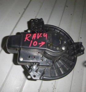 Моторчик для Toyota RAV 4 2006-2013