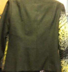 Оригинальная стильная курточка