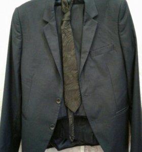 Костюм и брюк