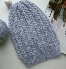 Комплект с косами. Шапка бини и снуд - шарф.