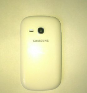 Смартфон SAMSUNG Galaxy Fame